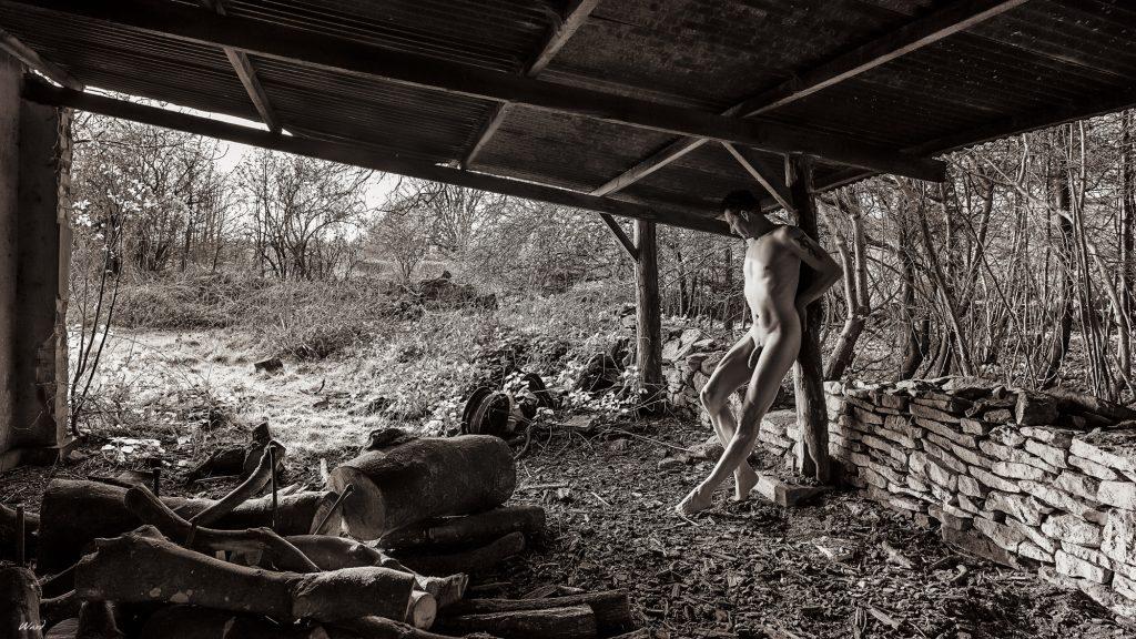 Mono Urbex Art Nudes